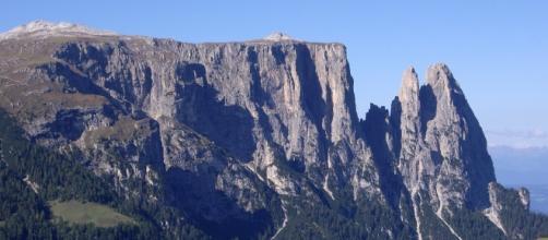 Il meraviglioso scenario in cui si correrà la cronoscalata Castelrotto-Alpe di Siusi.