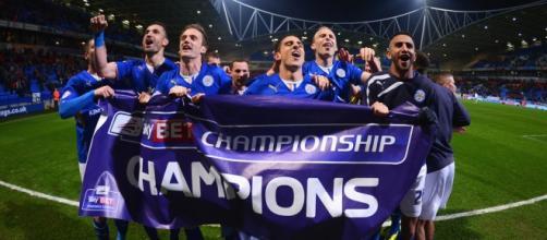 Jugadores del Leicester City celebrando el título