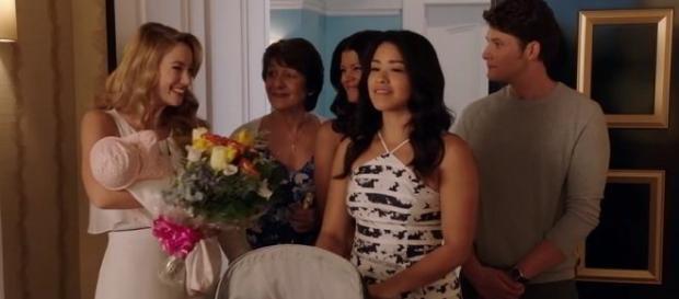 Jane the Virgin season 2 episode 20 recap. Screencap: The CW Television Network via YouTube