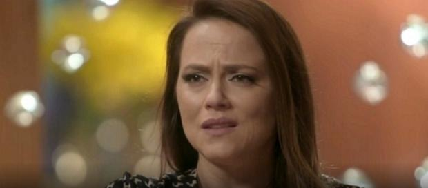 Lili descobre que está grávida na reta final da novela