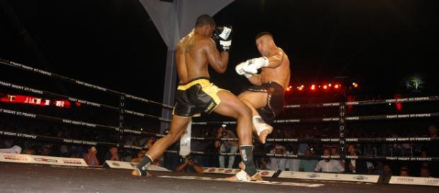 Roberson (à g) défiait Jérôme Le Banner à la Fight Night Saint Tropez en 2015