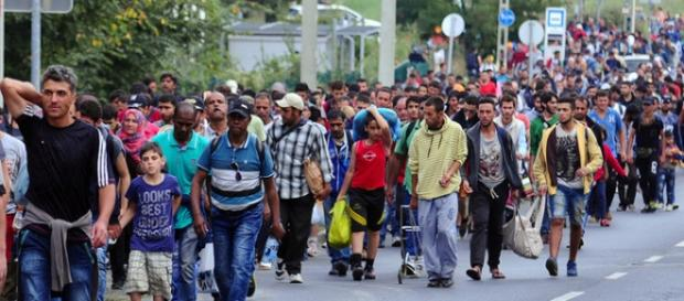 Sute de mii de refugiați vor fi relocați