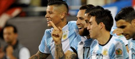 Seleção Argentina goleia e se classifica para as quartas de final da Copa América