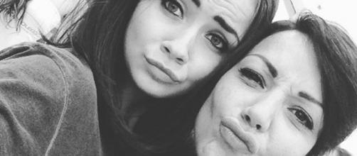 Eleonora Rocchini e Dalila Branzani: selfie al centro commerciale