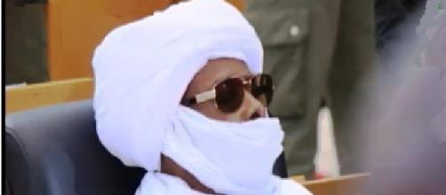 Ex dictador de Chad durante el juicio Euronews