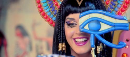 Katy Perry, hackerato il suo profilo twitter