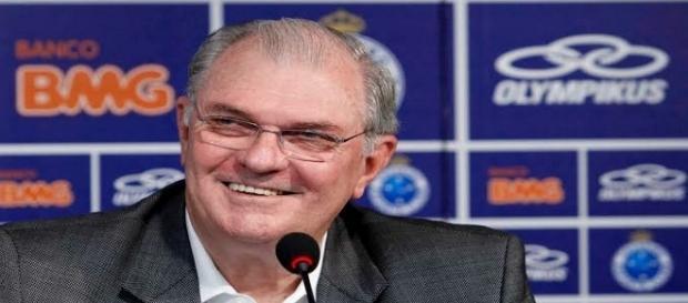 Gilvan critica torcida do Cruzeiro após ser pressionado