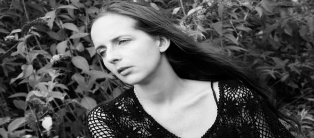 Le roseau pensant... Photo de DP, modèle : Virginie Vanos