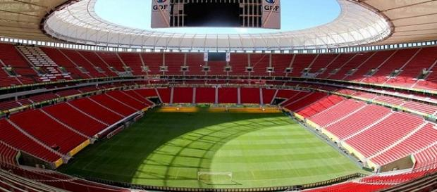 Mané Garrincha será palco de Fluminense e Corinthians no próximo dia 16