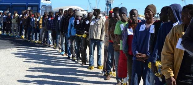 Pochi giorni fa a Cagliari sono sbarcati 387 migranti provenienti dall'Africa.