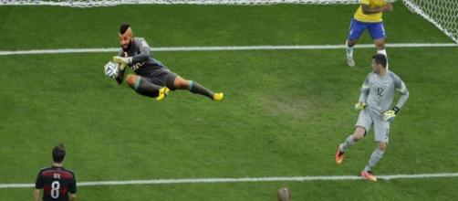 Alex Muralha evita gol da Alemanha no 7 a 1