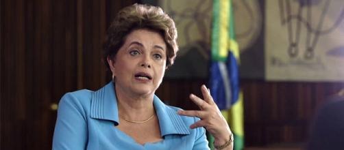Dilma Rousseff volta a criticar Michel Temer