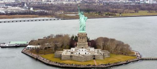 Statue of Liberty, D Ramey Logan, https://en.wikipedia.org/wiki/File:Liberty_Island_photo_D_Ramey_Logan.jpg