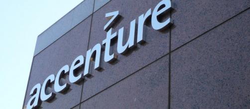 Offerte di lavoro in Accenture. Photo Credits/ Michael Gray