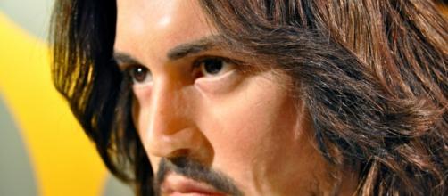 Uno dei grandi pilastri del cinema sta passando un brutto momento: scopriamo i misteri di Johnny Depp.