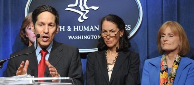 CDC's Frieden blatantly dismisses e-cigarettes. Photo credit: HHSgov [Public domain], via Wikimedia Commons