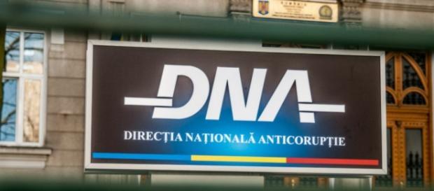 DNA loveşte din nou în medici.
