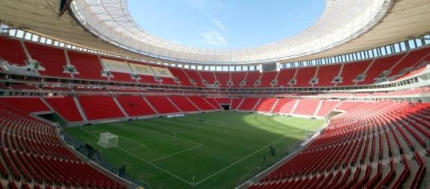 O Estádio Mané Garrincha, em Brasília, receberá o duelo Botafogo x Cruzeiro.