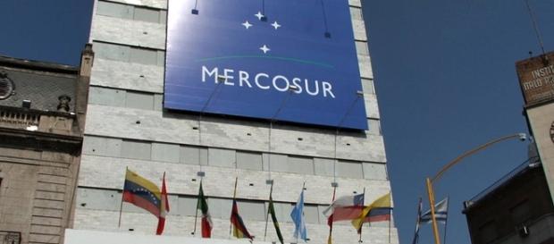 União Europeia pode deixar de negociar com Mercosul