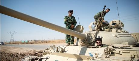 I peshmerga curdi sostenuti dalla coalizione internazionale hanno respinto l'ISIS