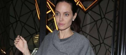 Angelina Jolie troppo magra, anoressia?