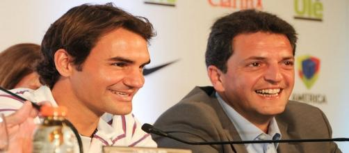 Federer during a press conference in 2012/ Photo: Tigre Municipio (Flickr) CC BY 2.0