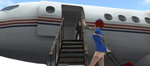 Flight attendants boarding through first class courtesy Flickr