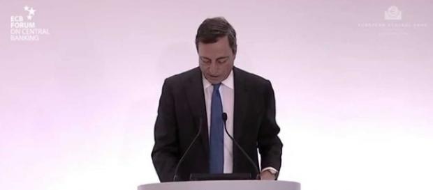 Mario Draghi sottoscrisse derivati per conto dello stato italiano che ci costeranno decine di miliardi.