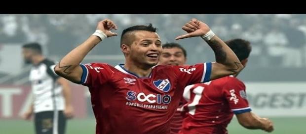 Nico López comemorando seu gol diante do Corintjians.