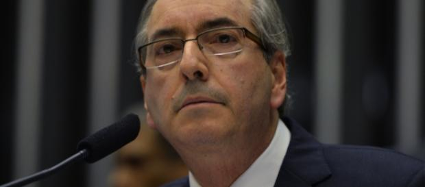 O afastamento de Cunha é só mais uma manobra política.