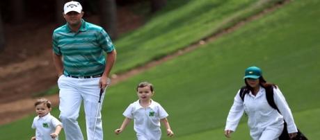O golfista Marc Leishman e sua família