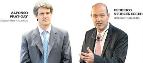 Dos ministros en pugna en el gabinete de Macri