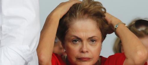 Presidente Dilma Rousseff critica processo de impeachment.