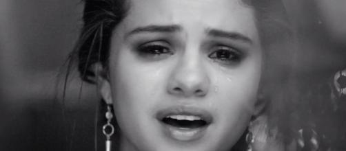 Selena Gomez se recusa a cantar música emotiva
