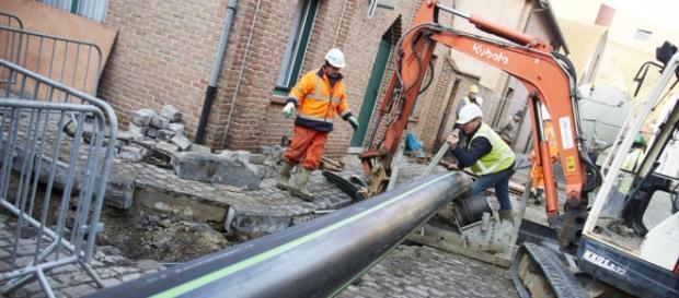 Sub străzile din Brugge se construiește o conductă pentru bere