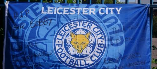 Leicester City logo on flag (Flickr)