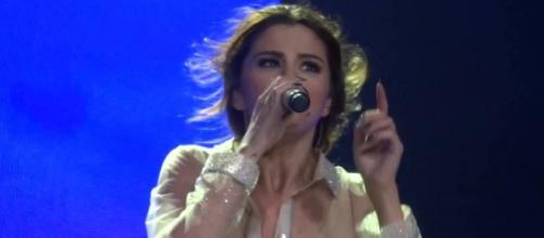 Selena lançou música em sua mais nova turnê