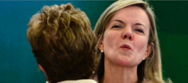 Gleisi Hoffmann e Dilma Rousseff - Foto/Google