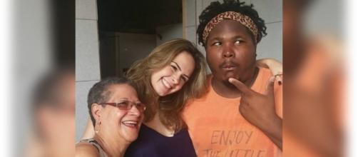 Ana Paula, Geralda e Ronan se encontram em BH