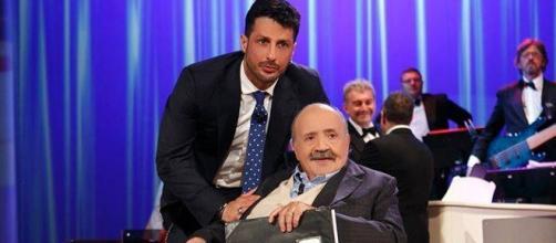 Fabrizio Corona al Maurizio Costanzo Show: lite con Alessandro Cecchi Paone