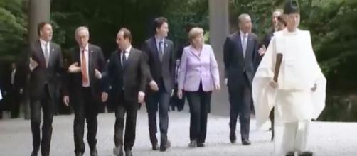 Los lideres del G7 guiados por sacerdote sintoista Efe