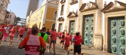 Corrida de Rua no Recife, estimulando atletas - Foto: Tânia Lima