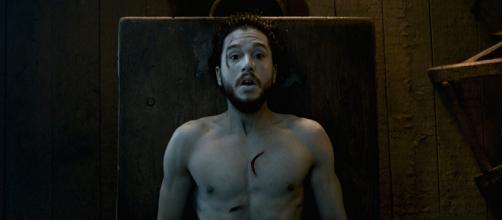 Jon Nieve en el momento de su resurrección