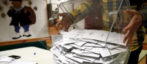 Papeletas electorales de las pasadas elecciones del 20/12