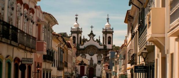 Araguari é a primeira cidade mineira a receber a tocha olímpica.