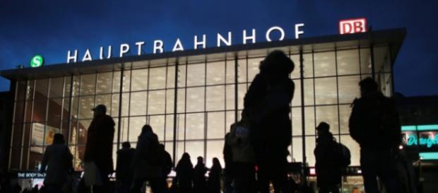 La stazione di Colonia in cui sono avvenuti i tragici fatti di Capodanno.