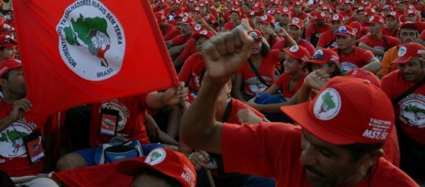 Movimento dos Trabalhadores Rurais Sem Terra (Wikipédia)