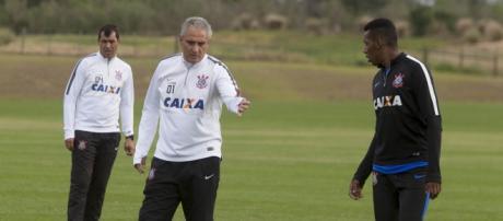 Moisés fez a pré-temporada no Timão, mas acabou indo para o Bahia