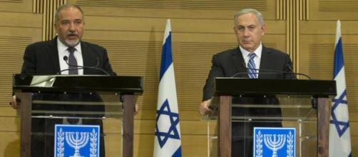 El primer ministro de Israel y el nuevo ministro de defensa.