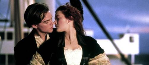 Kate Winslet e Leonardo DiCaprio em Titanic - Foto de divulgação